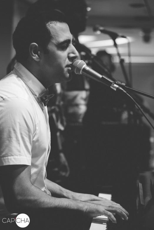Ramzi_singing_live
